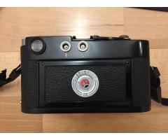 For Sale: Leica M2 black in mint condition